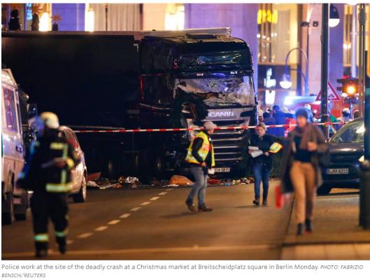 berlin-truck-christmas